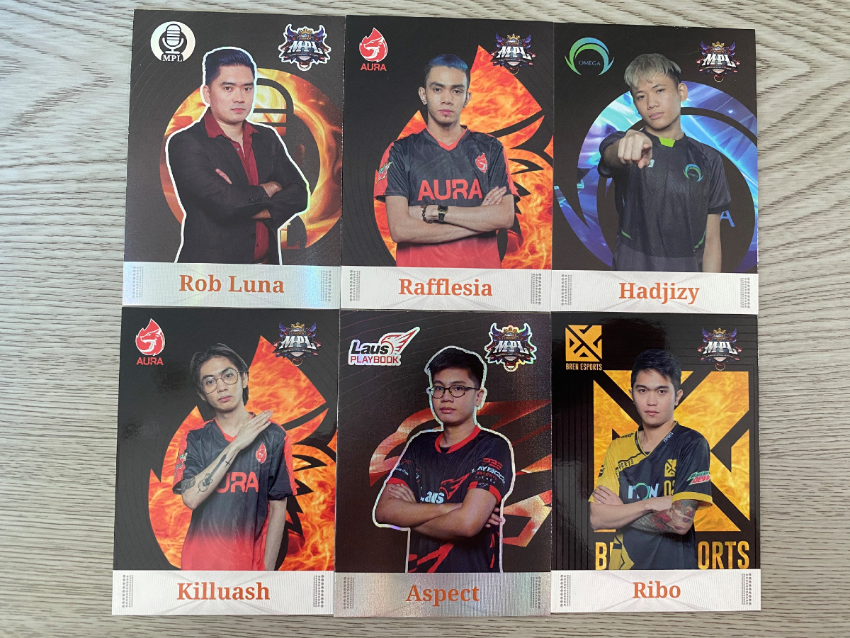 MPL PH Player Card open pack 6 cards on display