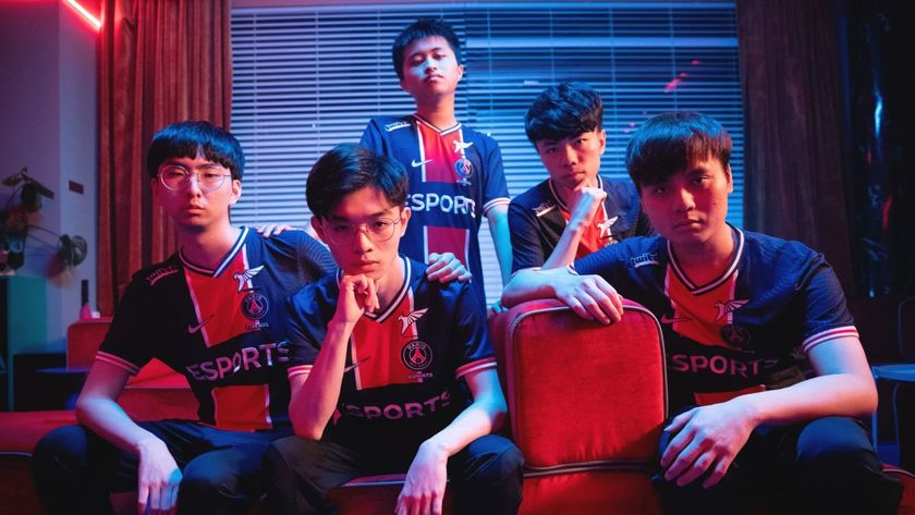 LGD League of Legends players posing for 2021 MSI