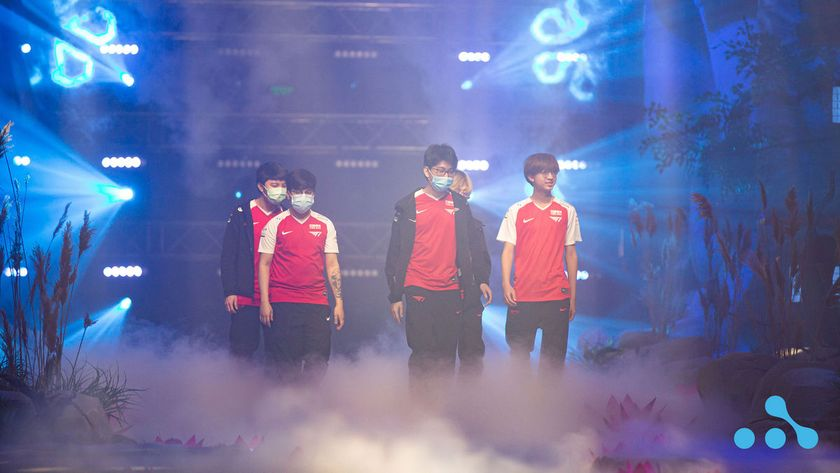 T1 walking on the WePlay AniMajor stage