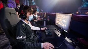 Arteezy of Evil Geniuses playing Dota 2 at WePlay AniMajor