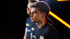 GeneRaL is replaced by RAMZES666 on Na'Vi
