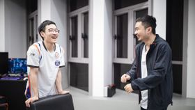 xiao8 and Faith_bian of PSG.LGD having a laugh