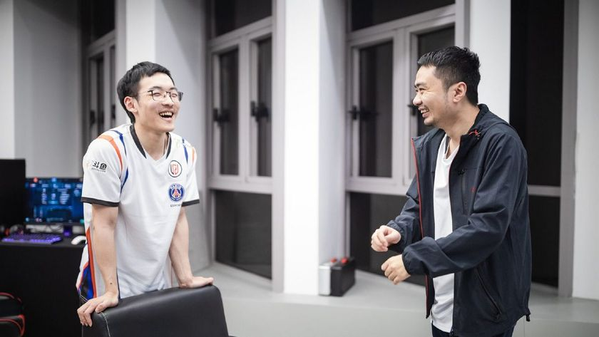 Faith_bian and xiao8 of PSG.LGD laughing