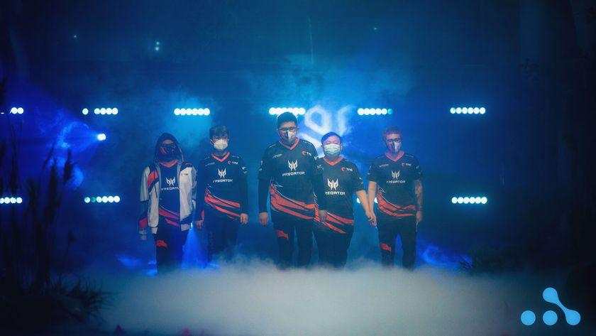 TNC Predator dota 2 team walking on the AniMajor stage