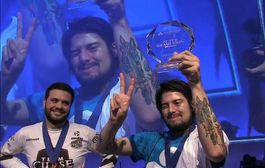 C9.Mang0 defends his championship title at EVO 2014