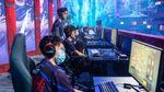 Team Aster Dota 2 players competing at AniMajor