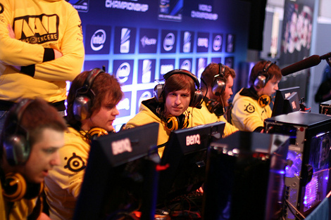 IEMFinals-2012-Headphones-470.jpg